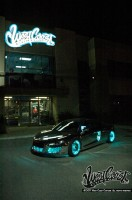 wcc tron night 001 132x200 - Une Audi R8 à la TRON:Legacy!